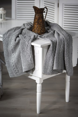 Pure New wool cable knitted throw