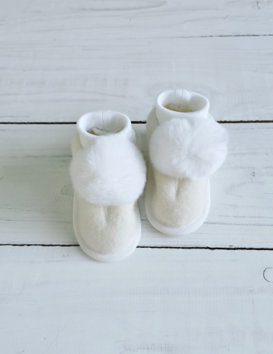 Baby wool shoes